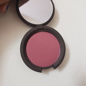 BECCA Makeup - Becca mineral blush in Nightingale